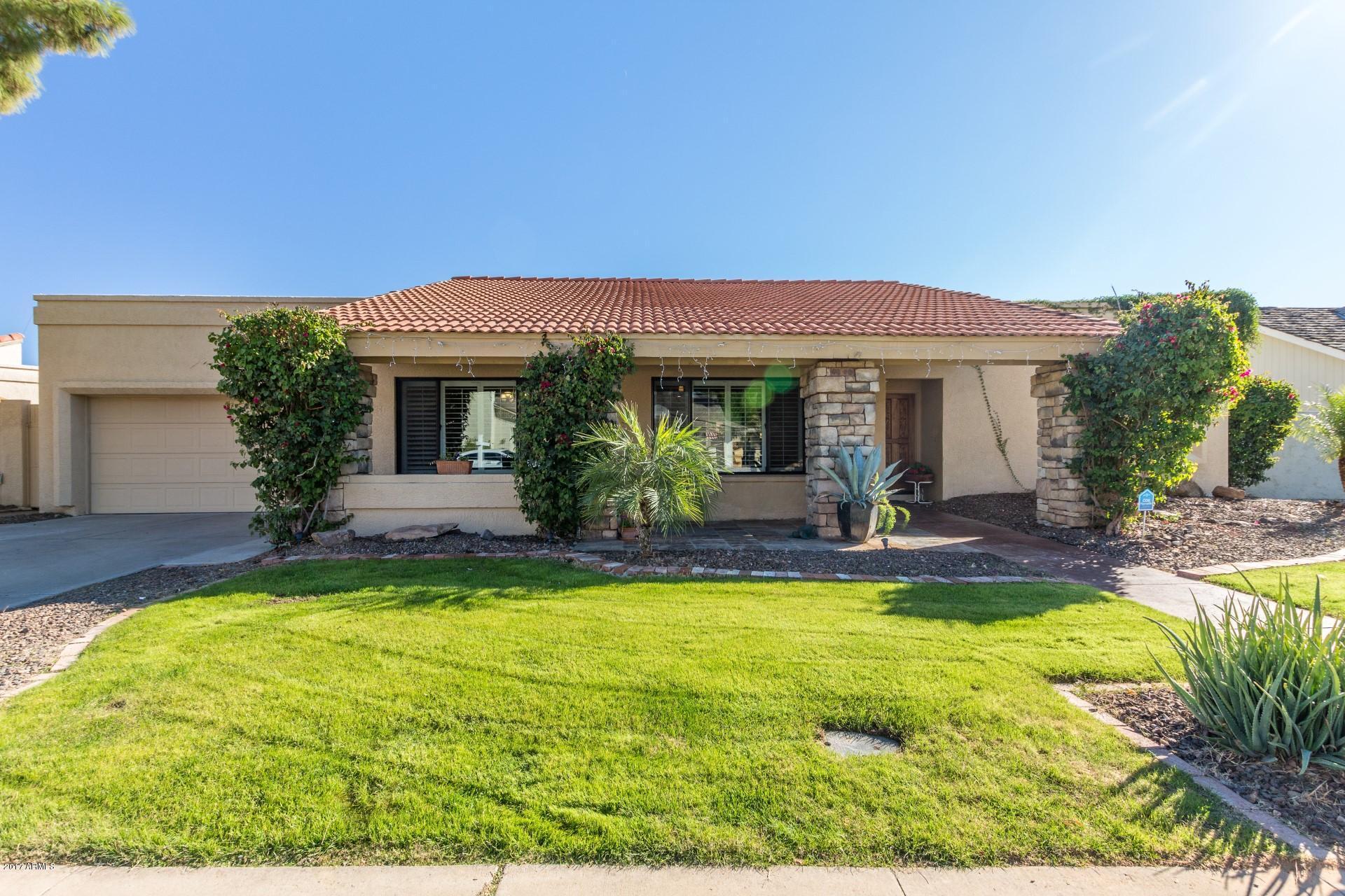 Photo of 7721 E NORTH Lane, Scottsdale, AZ 85258