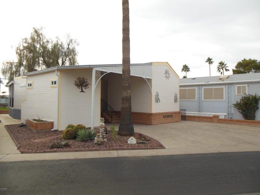 Photo of 2681 S SEMINOLE Drive, Apache Junction, AZ 85119
