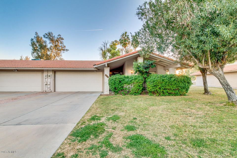 Photo of 4909 E CHEYENNE Drive, Phoenix, AZ 85044