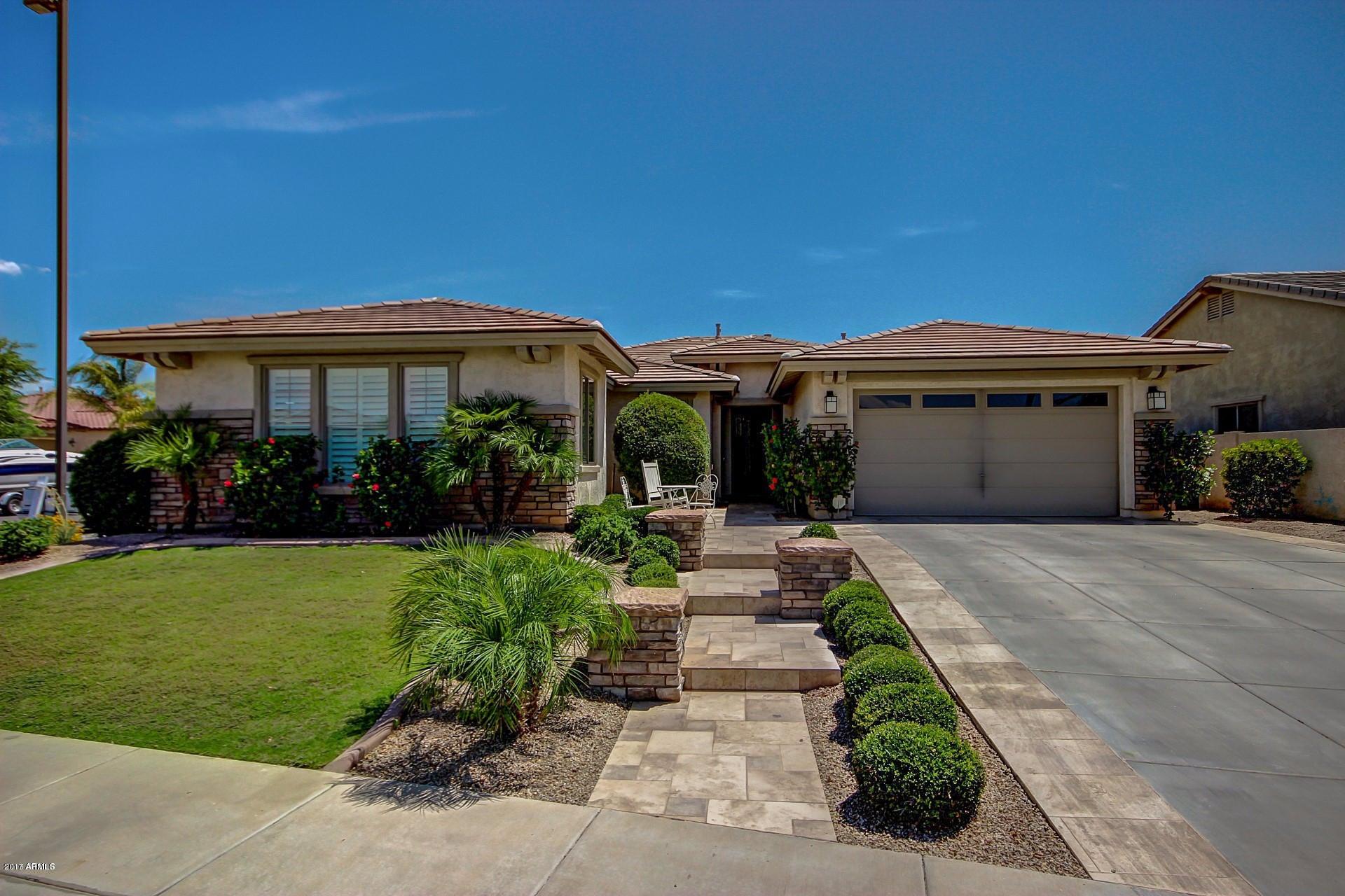 Photo of 3481 E VIRGIL Drive, Gilbert, AZ 85298