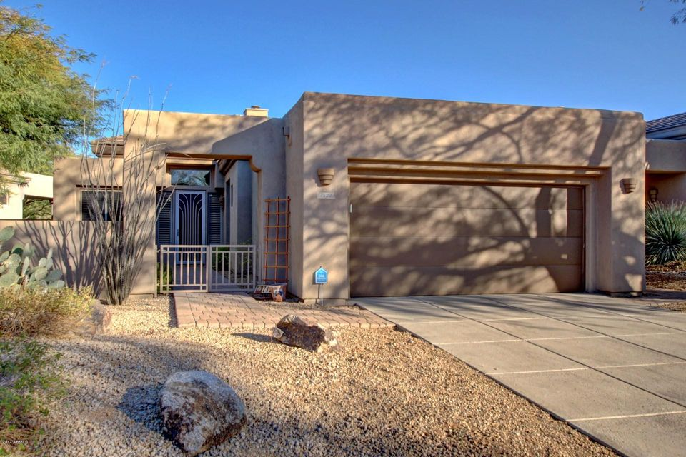 Photo of 7122 E ALOE VERA Drive, Scottsdale, AZ 85266