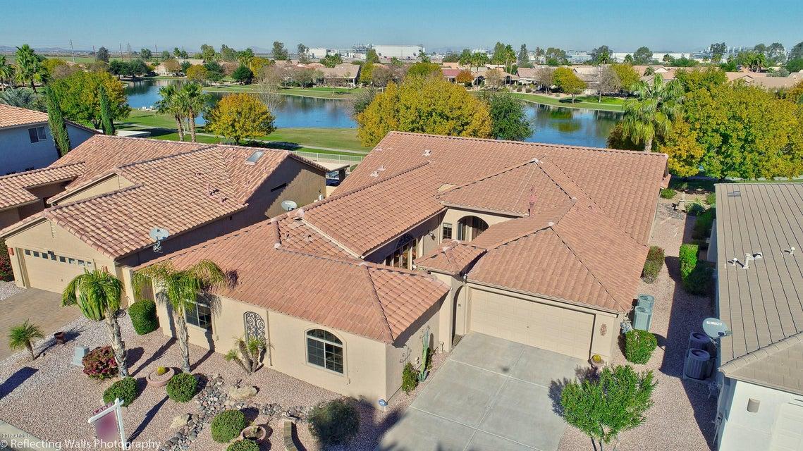 8906 E Sunridge Dr, Sun Lakes, AZ 85248