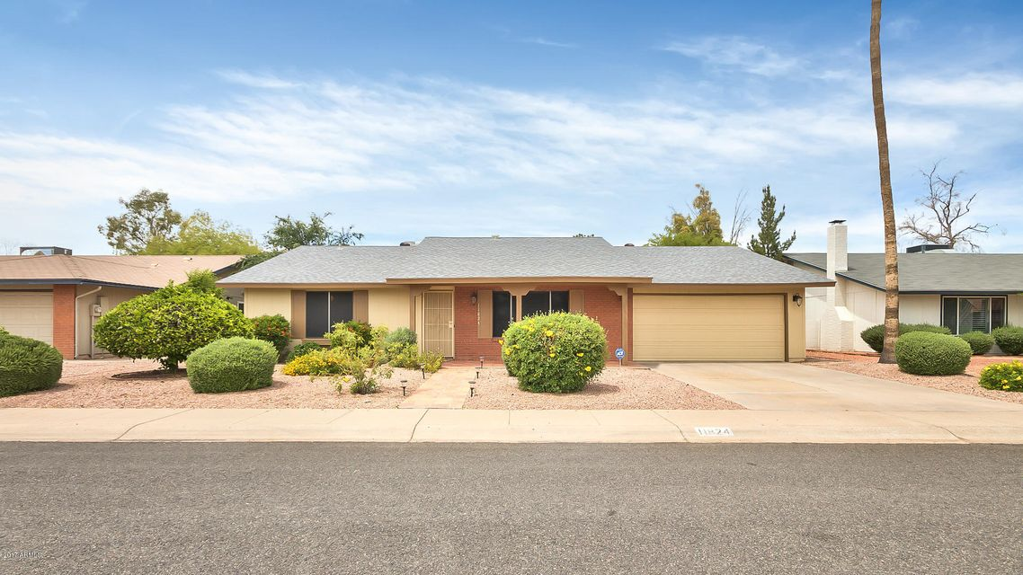 Photo of 11824 S Magic Stone Drive, Phoenix, AZ 85044