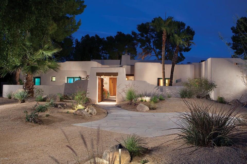 Photo of 6834 E BELMONT Circle, Paradise Valley, AZ 85253