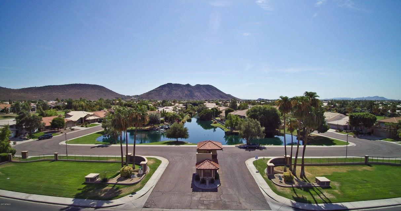 MLS 5702946 5826 W DEL LAGO Circle, Glendale, AZ Glendale AZ Arrowhead Lakes Golf