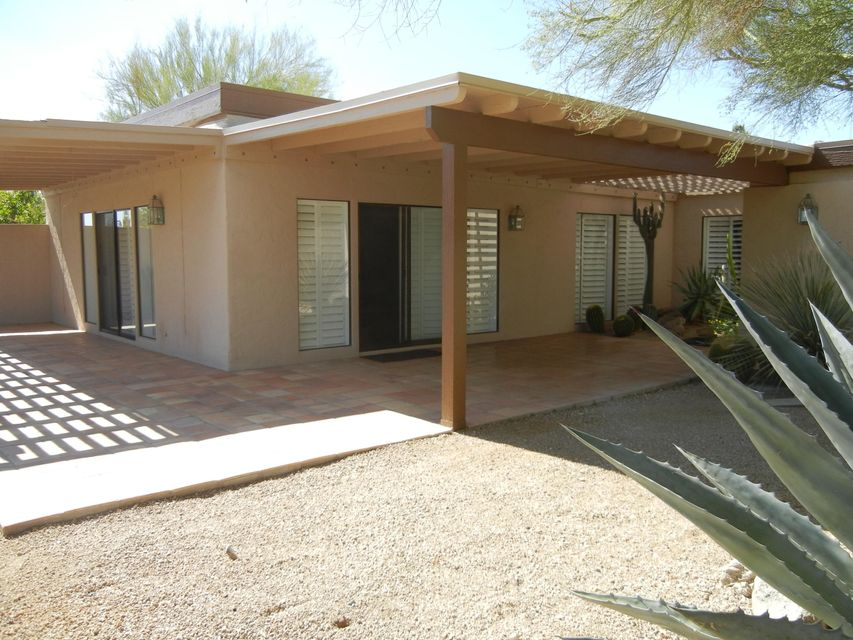 MLS 5687230 1054 N BOULDER Drive, Carefree, AZ Carefree AZ Private Pool