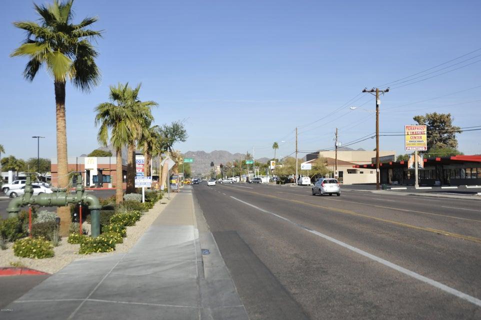 MLS 5703293 3828 N 32ND Street Unit 215, Phoenix, AZ Phoenix AZ Private Pool