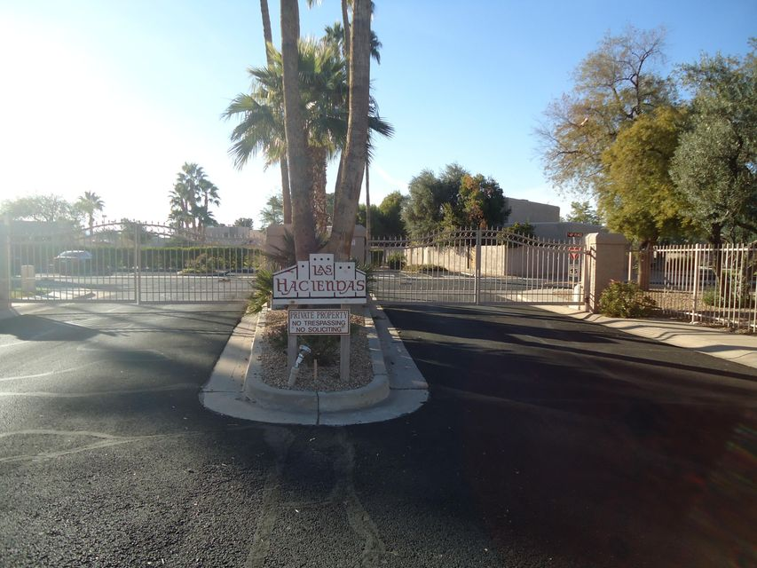 Photo of 4032 E LARKSPUR Drive, Phoenix, AZ 85032
