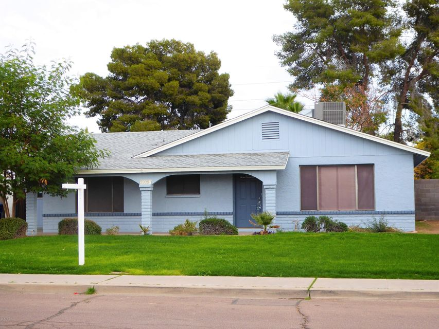 Photo of 5909 S Palm Drive, Tempe, AZ 85283