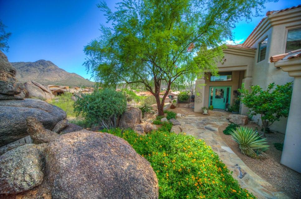 11189 E JUAN TABO Road, Scottsdale AZ 85255