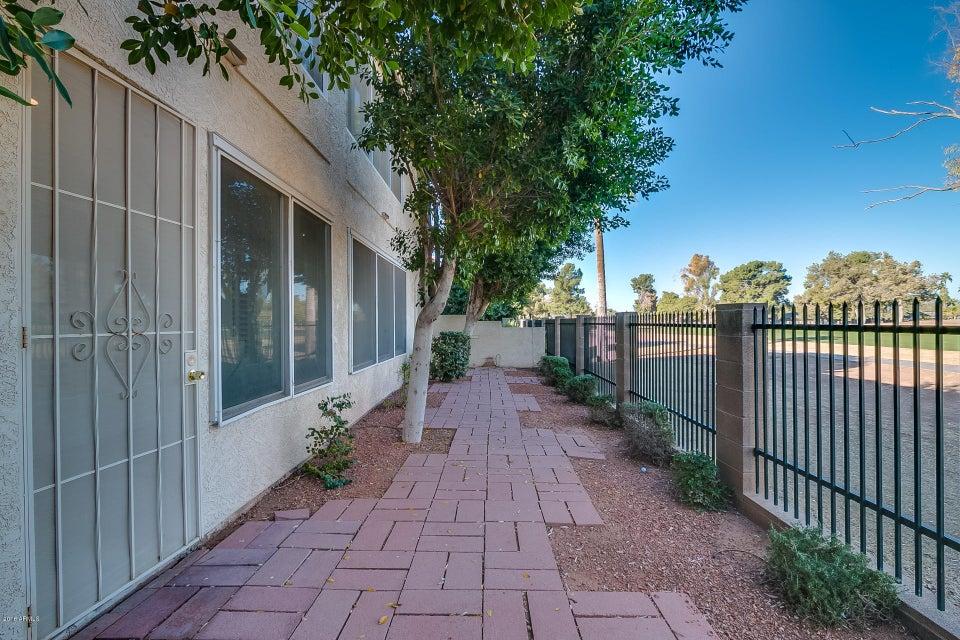 MLS 5705456 2322 S ROGERS Road Unit 13, Mesa, AZ 85202 Mesa AZ Light Rail Area
