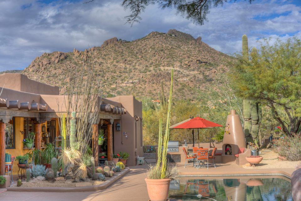 MLS 5704253 2038 E Smoketree Drive, Carefree, AZ 85377 Carefree AZ Community Pool