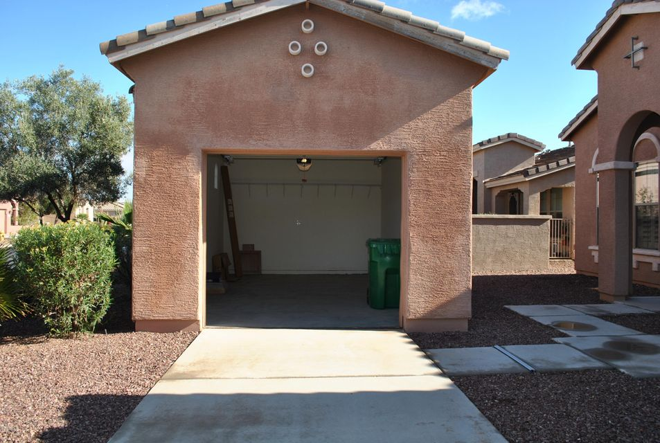 MLS 5657489 42569 W SANDPIPER Drive, Maricopa, AZ 85138 Maricopa AZ Gated