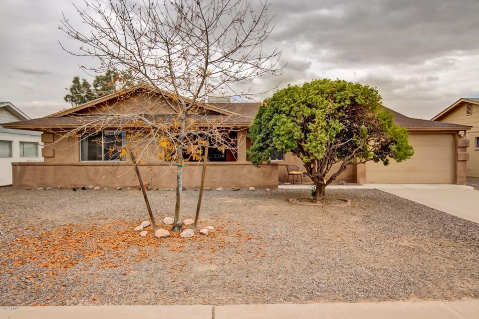 Photo of 11619 N COGGINS Drive, Sun City, AZ 85351