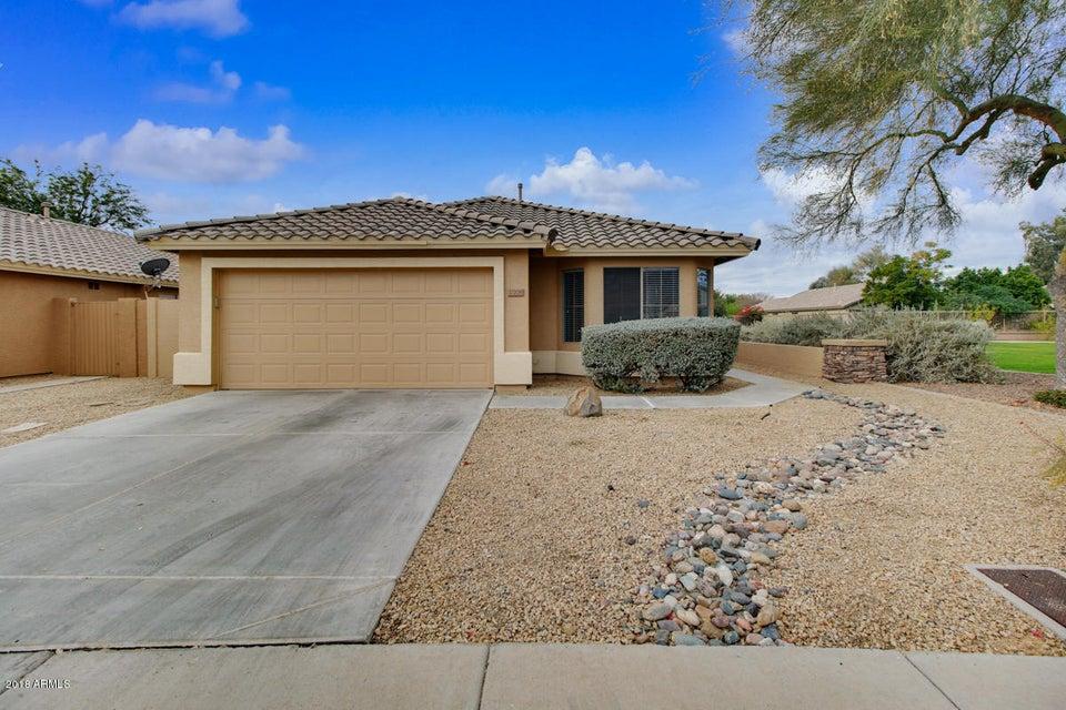 17208 N 52nd Dr, Glendale, AZ 85308