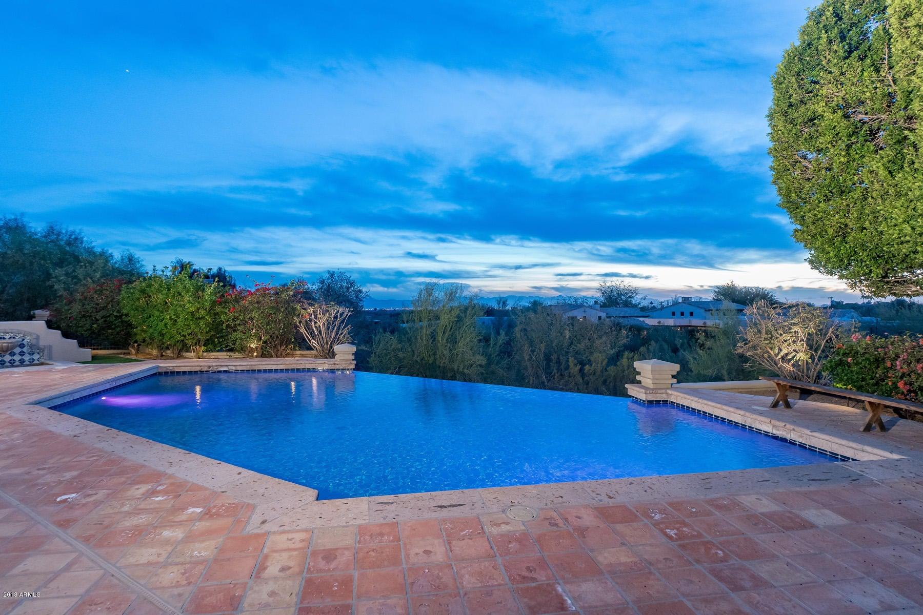 Additional photo for property listing at 6060 N Paradise View Drive 6060 N Paradise View Drive Paradise Valley, Arizona,85253 United States