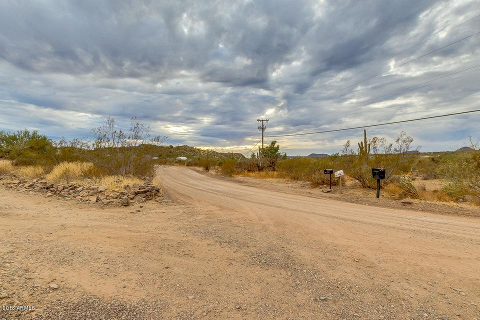 MLS 5707843 47301 N MEANDER Road, New River, AZ New River AZ Scenic