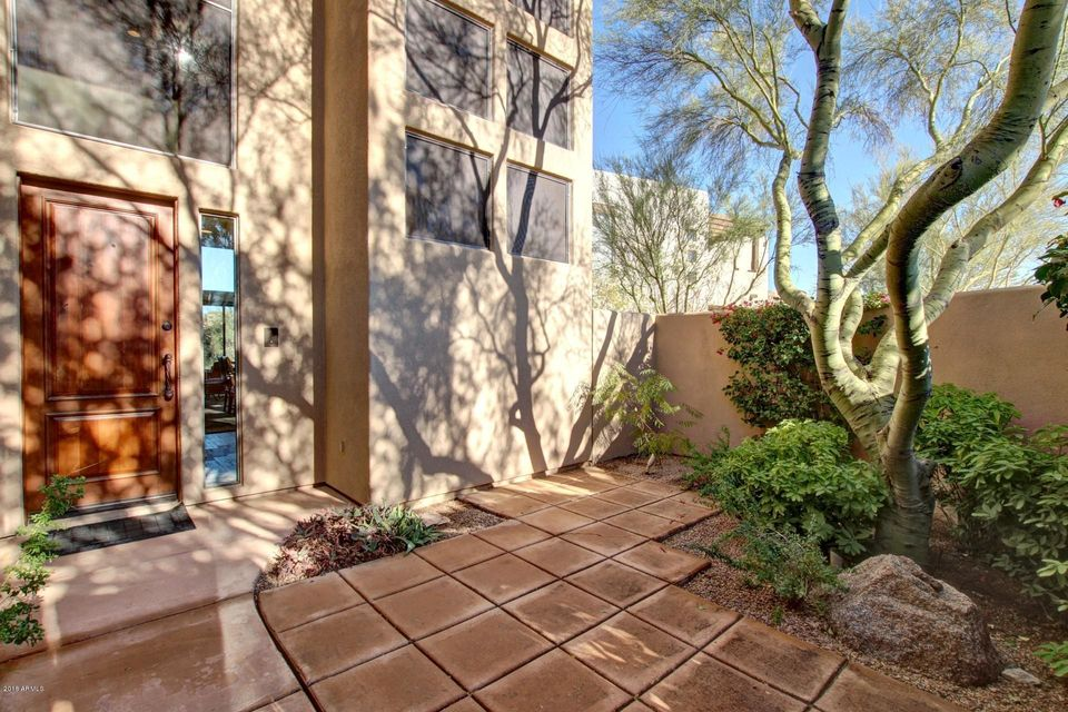 Photo of 10242 E WHITE FEATHER Lane, Scottsdale, AZ 85262