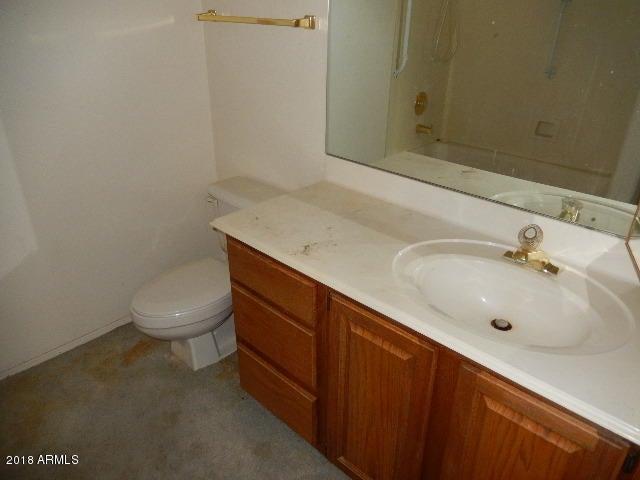 MLS 5708138 4301 N 21ST Street Unit 40, Phoenix, AZ 85016 Phoenix AZ REO Bank Owned Foreclosure