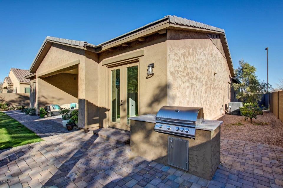 MLS 5708728 3077 E MAPLEWOOD Street, Gilbert, AZ 85297 Gilbert AZ Stratland Estates