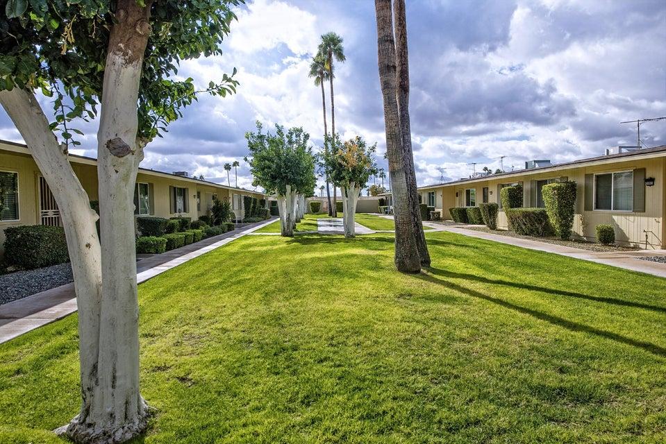 Photo of 10901 W SANTA FE Drive, Sun City, AZ 85351