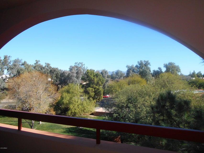 Photo of 12212 N PARADISE VILLAGE Parkway #401, Phoenix, AZ 85032