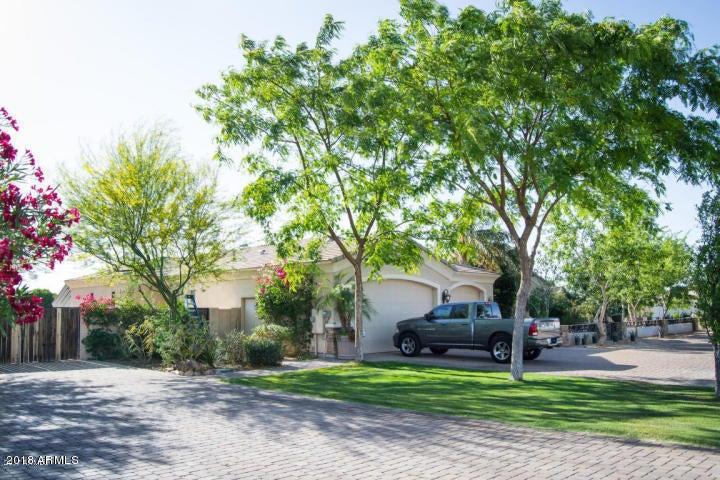 2328 N 104th Dr, Avondale, AZ 85392