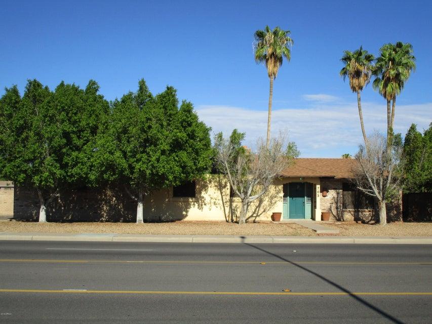 Photo of 703 N ALMA SCHOOL Road, Chandler, AZ 85224