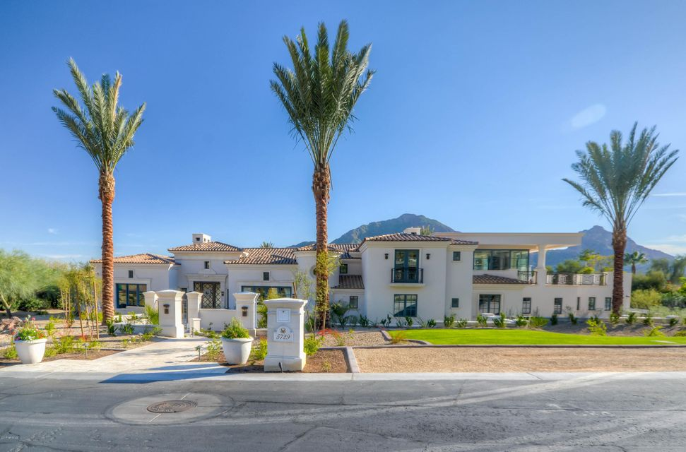 Photo of 5729 E JOSHUA TREE Lane, Paradise Valley, AZ 85253