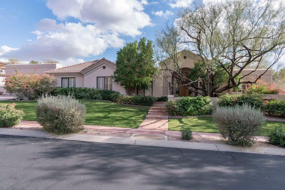 Casa para uma família para Venda às 3041 E Ocotillo Road 3041 E Ocotillo Road Phoenix, Arizona,85016 Estados Unidos