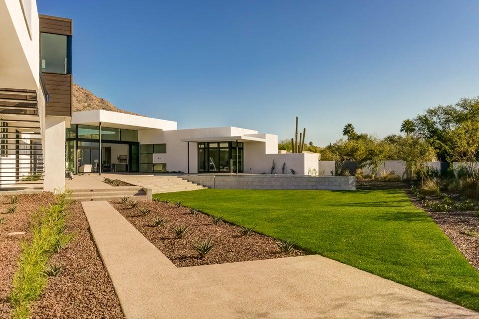 6631 N DESERT FAIRWAYS Drive, Paradise Valley AZ 85253