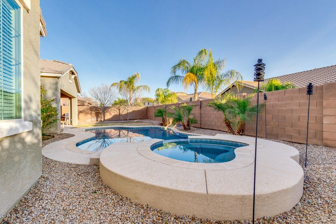 MLS 5709547 2727 E POWELL Way, Gilbert, AZ 85298 Gilbert AZ Shamrock Estates
