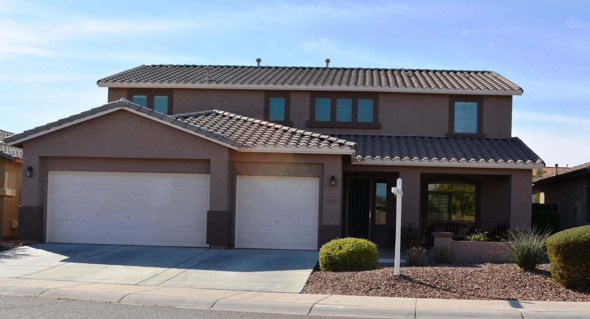 Photo of home for sale at 6413 GAMBIT Trail W, Phoenix AZ