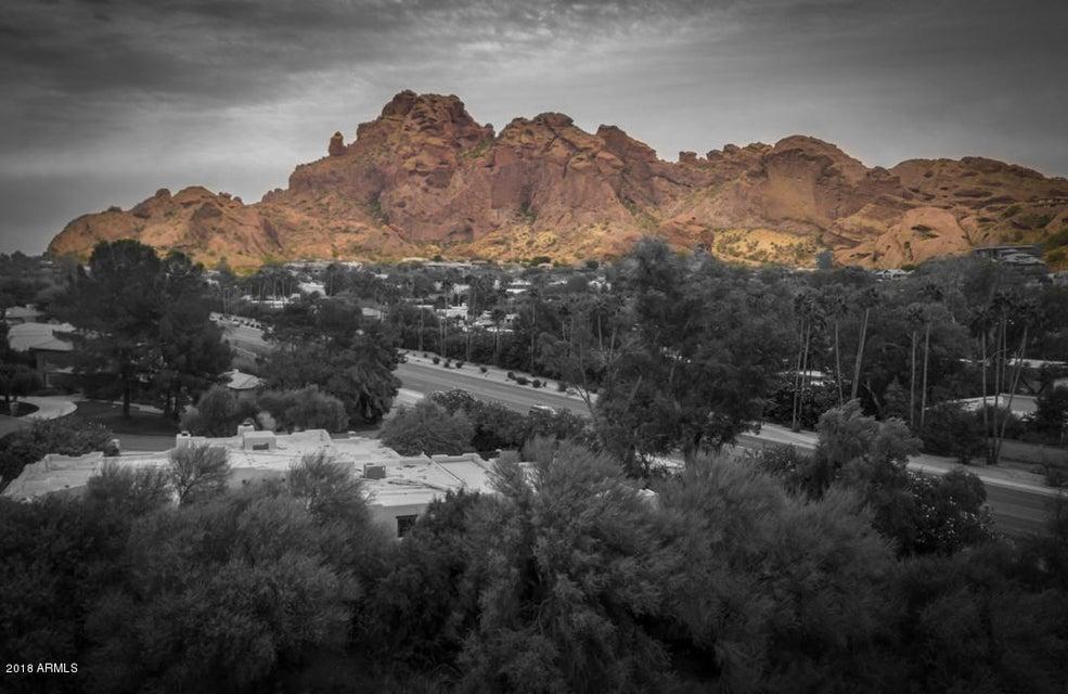 MLS 5710007 4554 E MCDONALD Drive, Paradise Valley, AZ Paradise Valley AZ Scenic