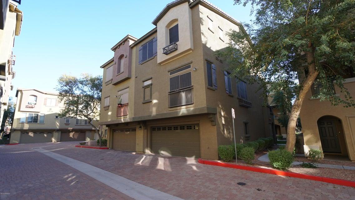 Photo of 3250 W GREENWAY Road #121, Phoenix, AZ 85053