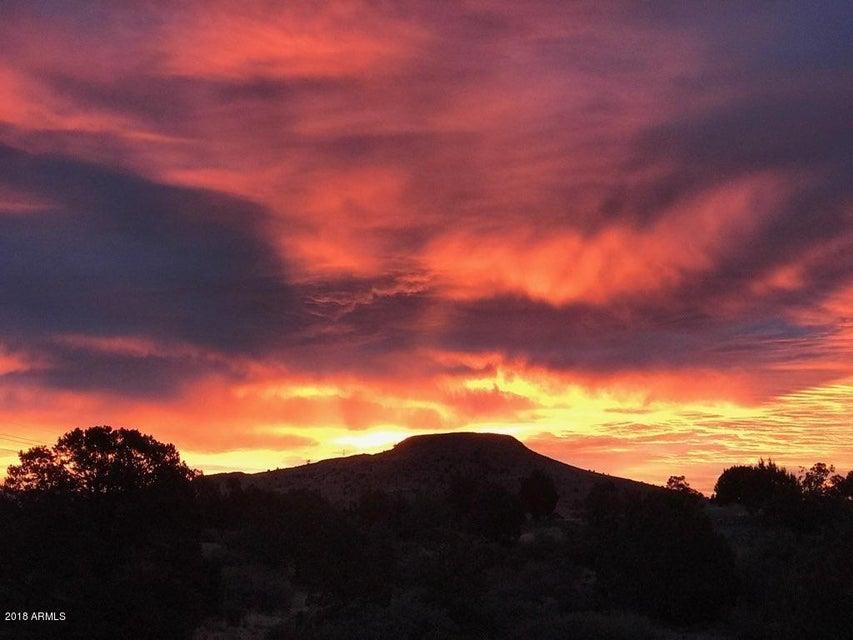 MLS 5710073 12540 N FLYING HAWK Trail, Prescott, AZ Prescott AZ Equestrian
