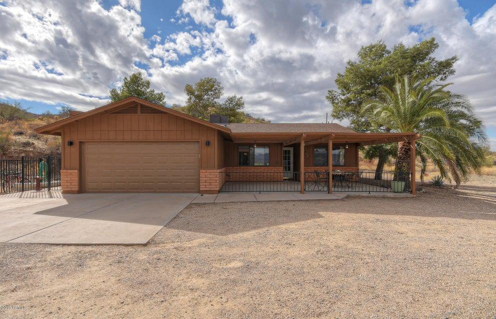 307 E PAINT YOUR WAGON Trail, Phoenix AZ 85085