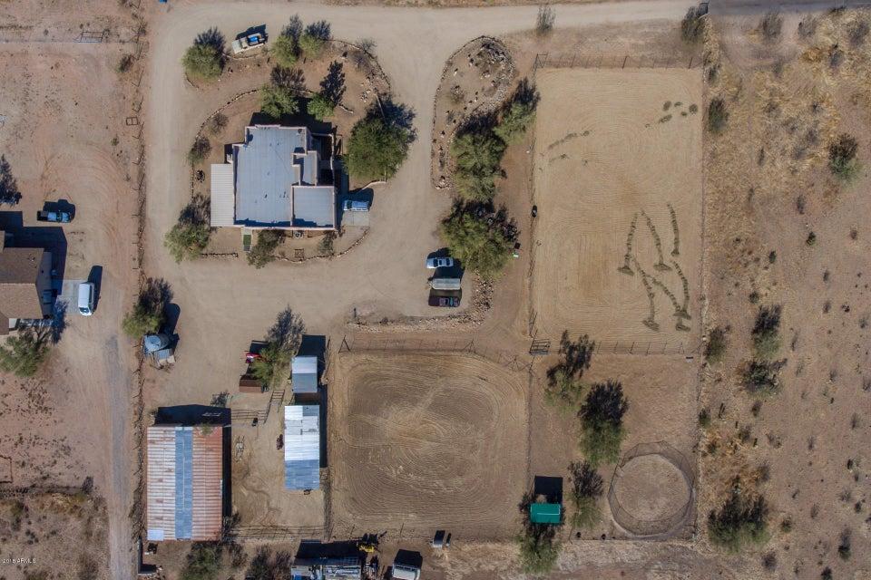 MLS 5710252 4143 W Devil Springs Road, New River, AZ New River Horse Property