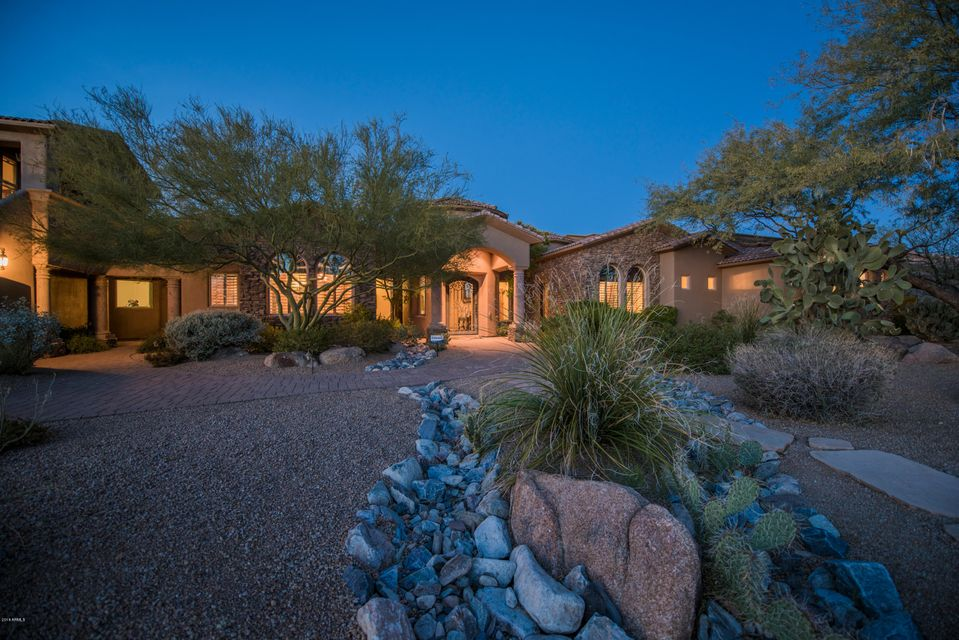 8644 E WOODLEY Way, Scottsdale AZ 85266