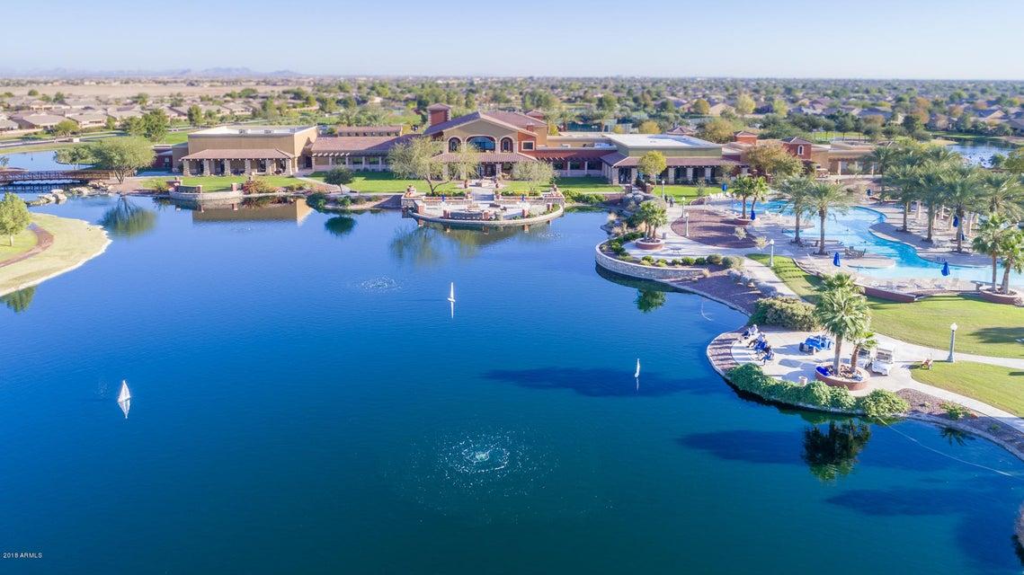 MLS 5710504 42603 W HEAVENLY Place, Maricopa, AZ Maricopa AZ Waterfront