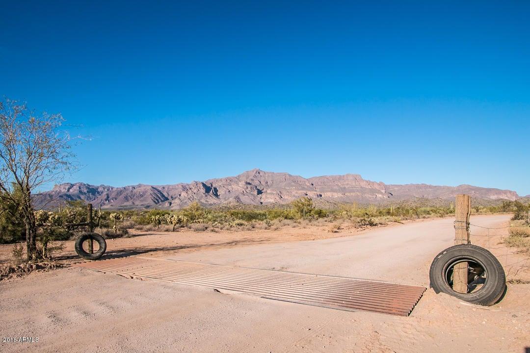MLS 5700613 8190 S OPEN TRAIL Lane, Gold Canyon, AZ Gold Canyon AZ Private Pool