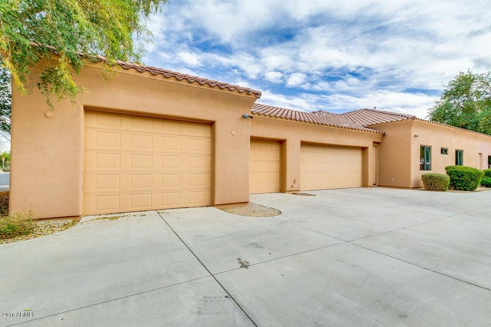 MLS 5706151 2009 E CEDAR Place, Chandler, AZ Corner Lot