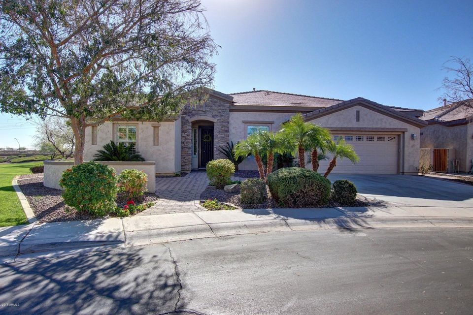 Photo of 4181 E BLUE SPRUCE Lane, Gilbert, AZ 85298