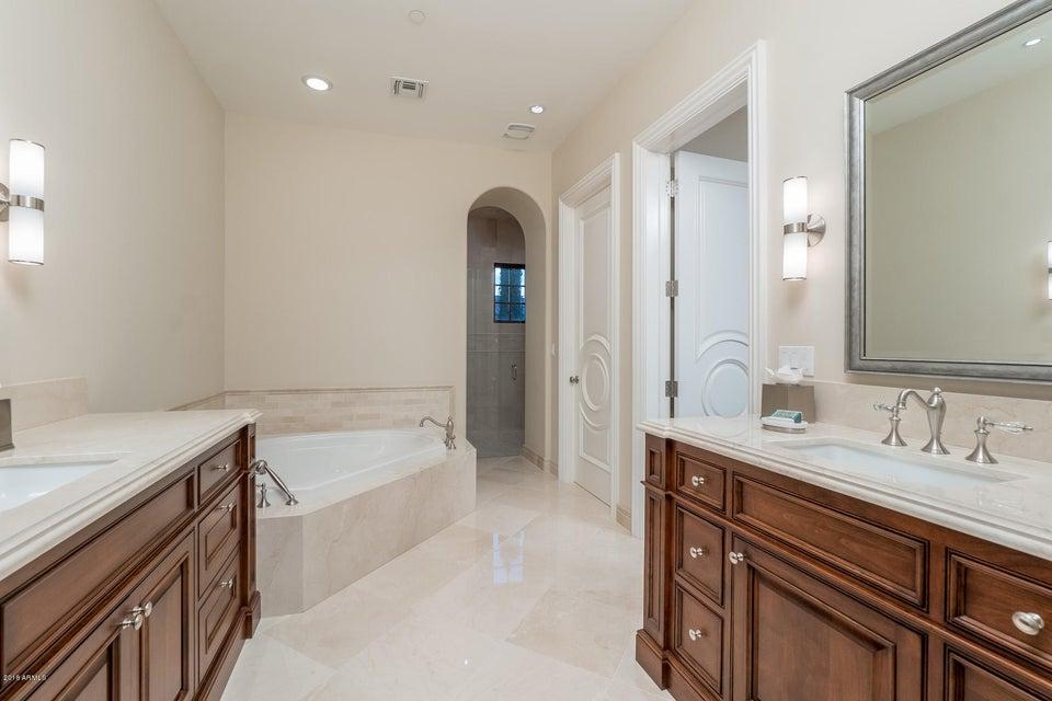 Additional photo for property listing at 8700 N 52nd Street 8700 N 52nd Street Paradise Valley, Arizona,85253 Amerika Birleşik Devletleri