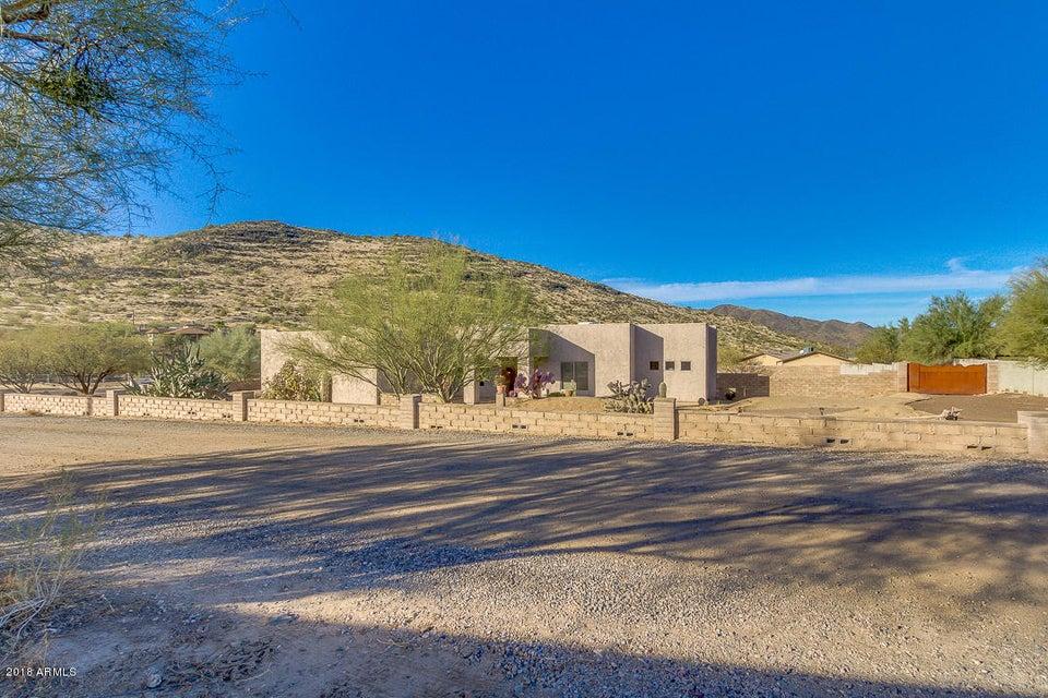 MLS 5711918 44206 N 10TH Street, New River, AZ 85087 New River AZ Private Pool