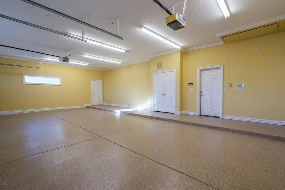 MLS 5712006 1410 E CORAL COVE Drive, Gilbert, AZ 85234 4 Bedroom Homes