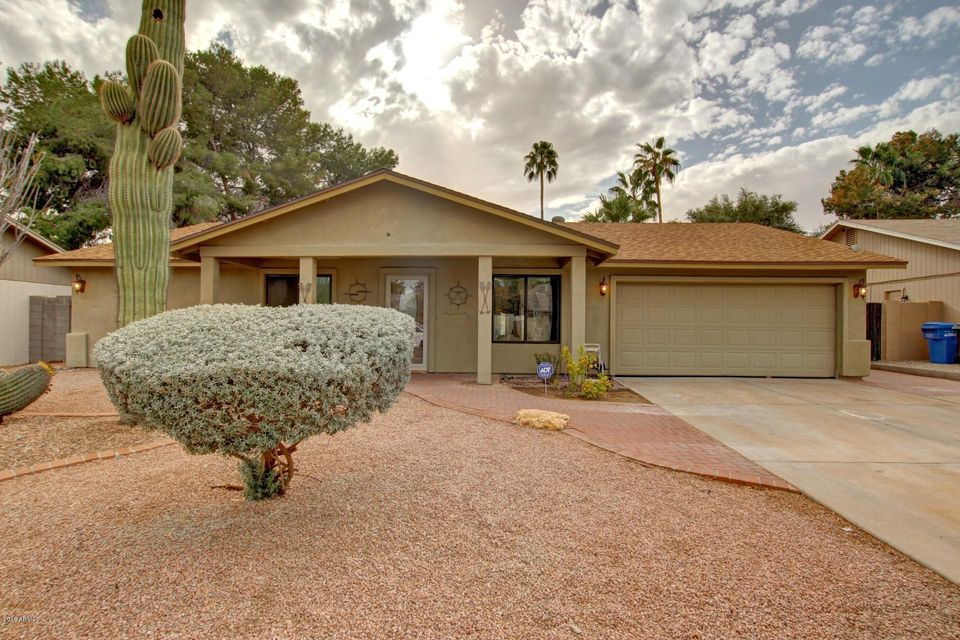 Photo of 5127 E TUNDER Drive, Phoenix, AZ 85044