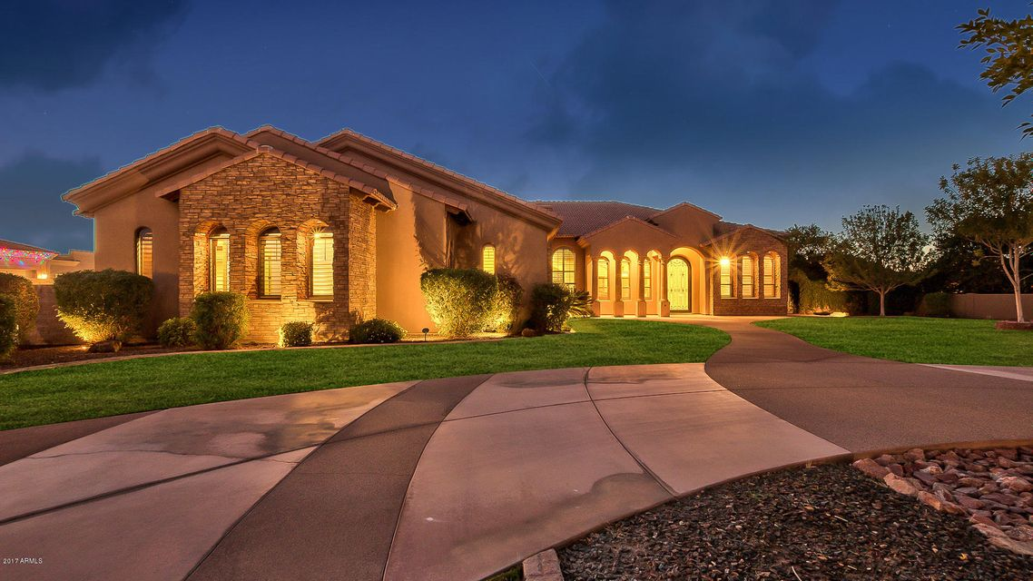 24512 S 182nd Place, Gilbert AZ 85298