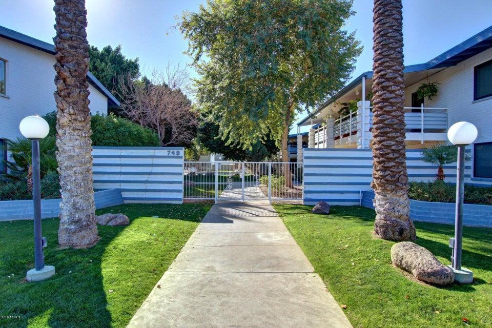 Photo of 749 E MONTEBELLO Avenue #118, Phoenix, AZ 85014