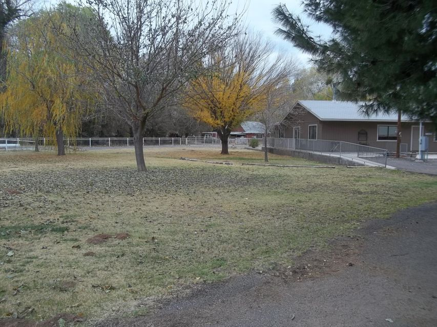 MLS 5714015 1324 N Chuck Devine Road, Camp Verde, AZ Camp Verde AZ Equestrian